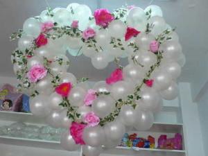 balonowe dekoracje na wesele